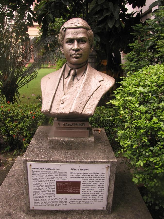 A bust of Srinivasa Ramanujam