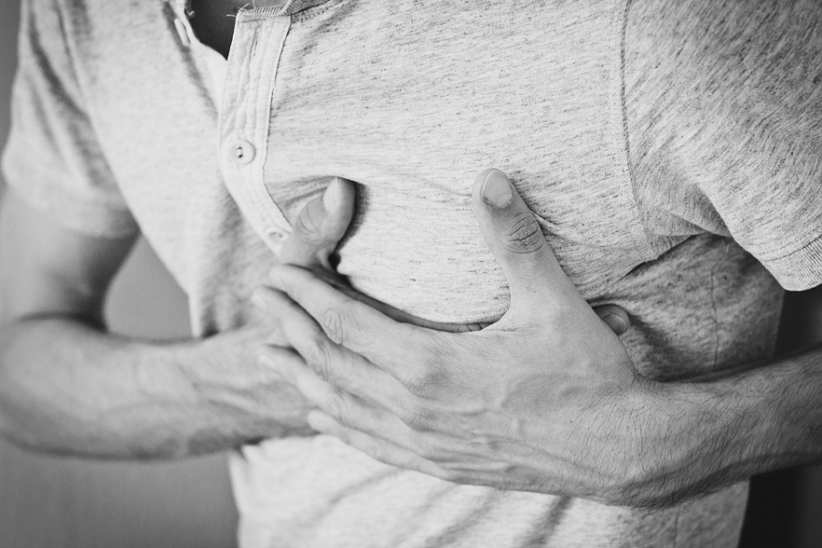 Broken heart syndrome symptoms can mimic a heart attack.