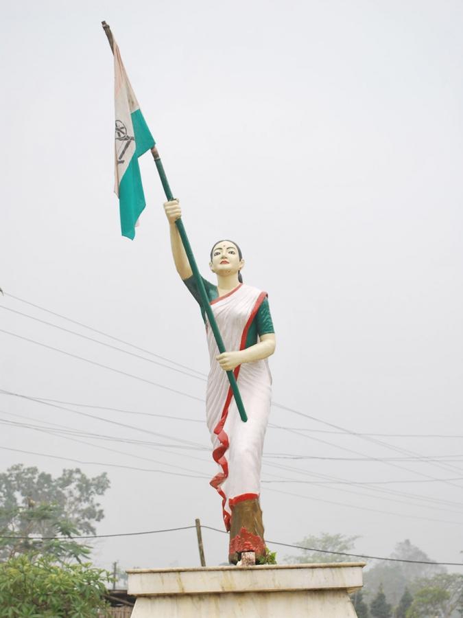 A statue of Kanaklata Barua